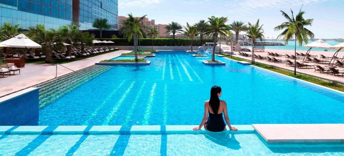 Abu Dhabi: luxury beach break & meals, 25% off
